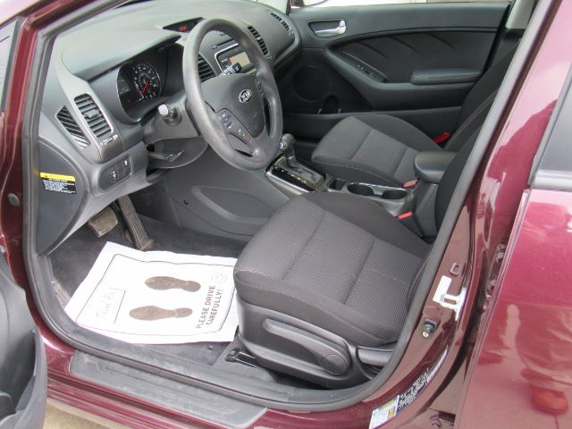 2017 Kia Forte LX 6A in Cleveland