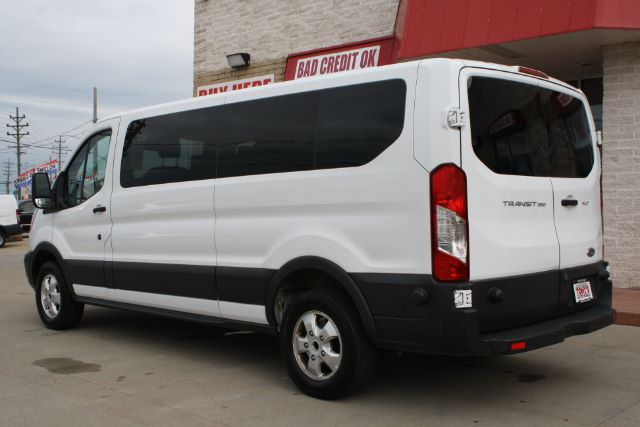 2017 Ford Transit 350 Wagon Low Roof XLT w/Sliding Pass. 148-in. WB in Cleveland