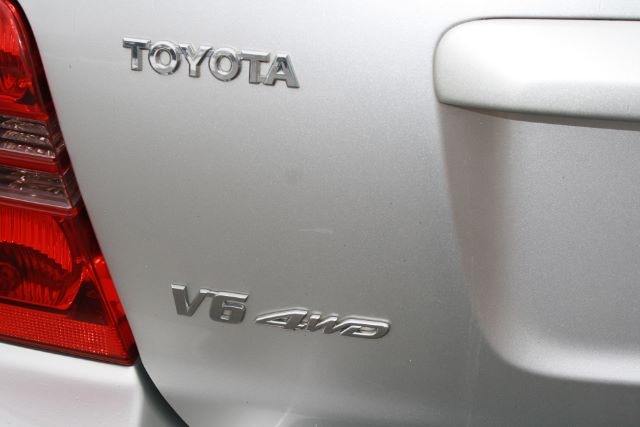 2002 Toyota Highlander Limited V6 4WD in Cleveland
