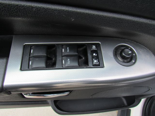 2010 Jeep Grand Cherokee Laredo 4WD in Cleveland