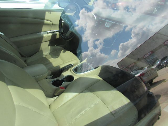 2012 Chrysler 200 Limited Convertible in Cleveland