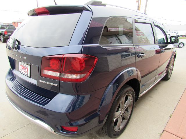 2017 Dodge Journey Crossroad FWD in Cleveland