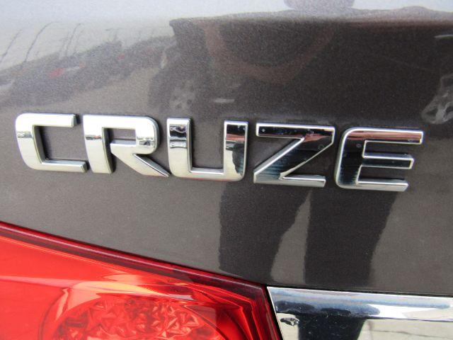 2011 Chevrolet Cruze 2LS in Cleveland