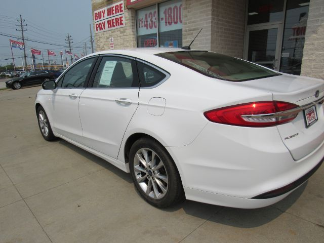 2017 Ford Fusion SE in Cleveland