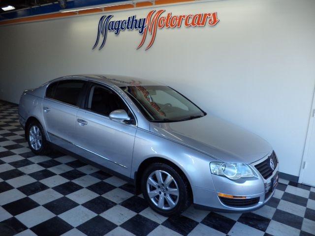 2006 VOLKSWAGEN PASSAT VALUE EDITION 115k miles Here is a great running New VW trade in that has