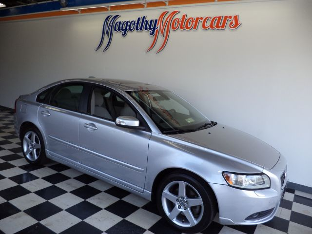 2008 VOLVO S40 24I 91k miles Here is a great running new car trade in that has just arrived Thi