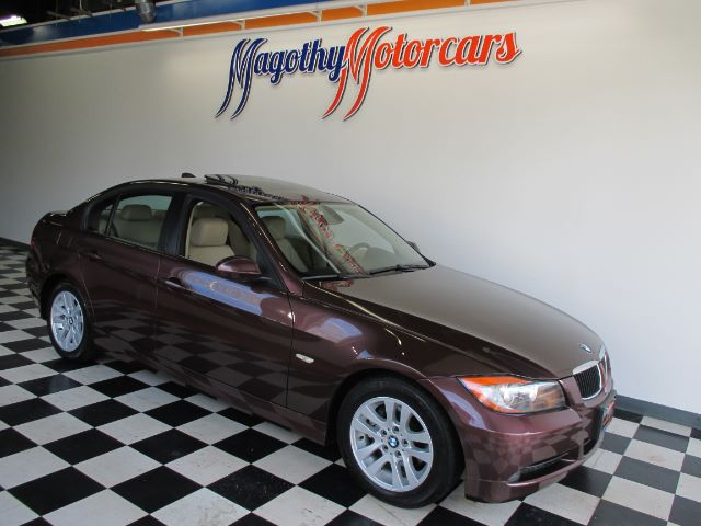 2007 BMW 3-SERIES 328I 88k miles Here is a very clean  local new car trade in This 328 offers an