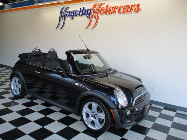 2006 MINI COOPER S CONVERTIBLE 55k miles Here is a great running local one owner new Mini trade