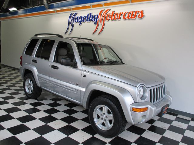2002 JEEP LIBERTY LIMITED 4WD 140k miles Here is a great running one owner new BMW trade in that
