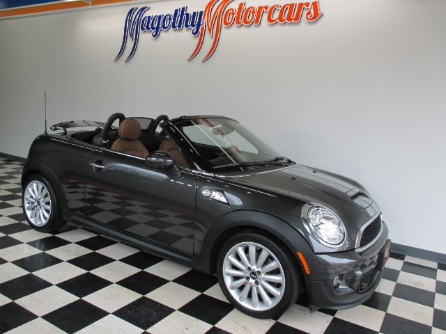 2013 MINI ROADSTER S 90k miles Here is a very clean  one owner new Mini trade in that has just a
