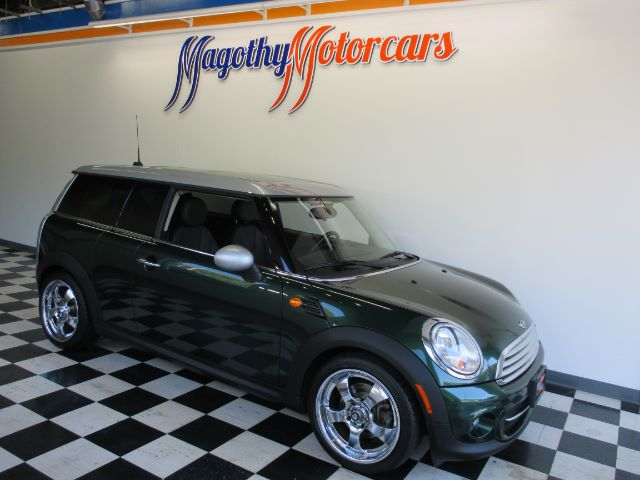 2011 MINI CLUBMAN BASE 70k miles Here is a great running one owner new car trade in that has jus
