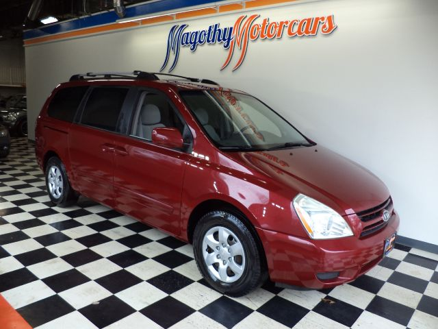 2006 KIA SEDONA LX 105k miles Here is a nice one owner  new car trade in that has just arrived