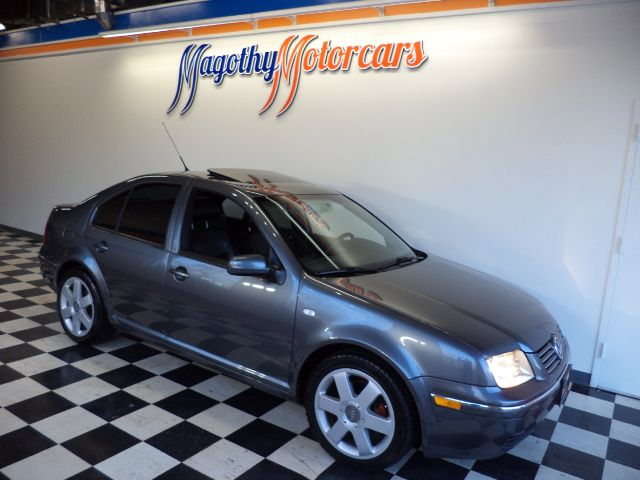 2005 VOLKSWAGEN JETTA GLS TDI 150k miles Here is a great running  new car trade in This TDI offer