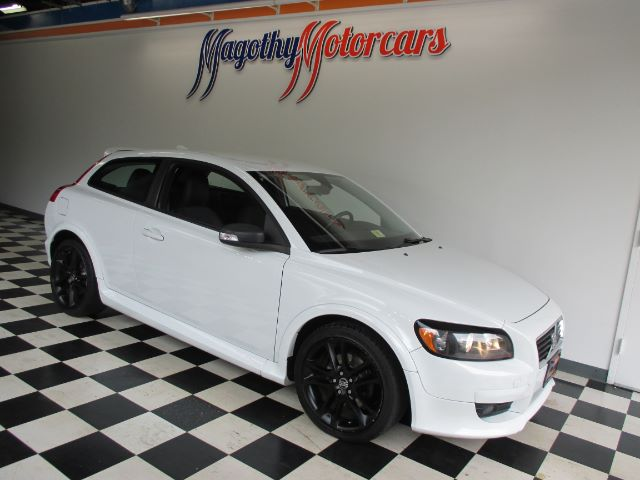 2008 VOLVO C30 T5 VERSION 20 107k miles Here is a great running one owner local new car trade i
