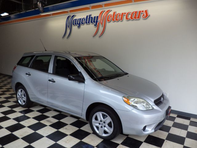 2006 TOYOTA MATRIX 2WD 107k miles Here is a great running local new Mercedes trade in that has jus