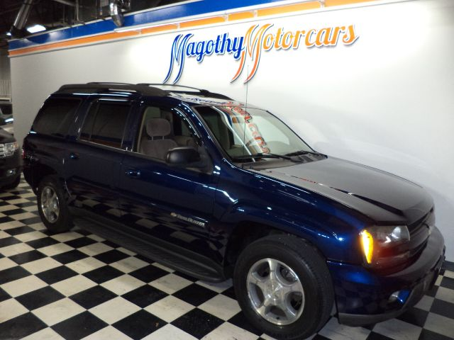 2004 CHEVROLET TRAILBLAZER EXT LS 4WD 124k miles Here is a very clean new car trade in that has ju