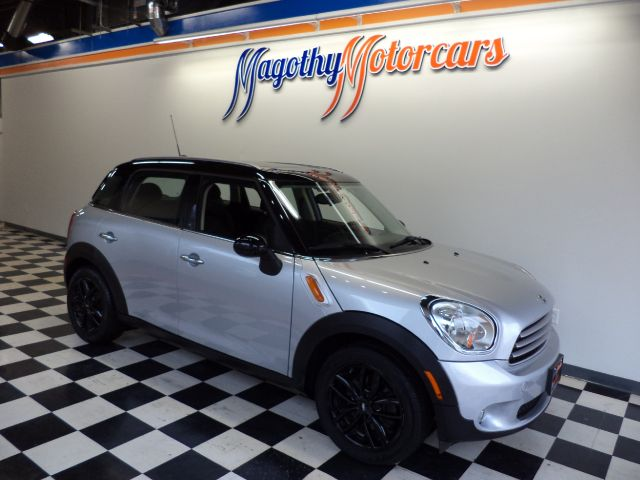 2011 MINI COUNTRYMAN BASE 112k miles Here is a very clean Countryman that has just arrived This c