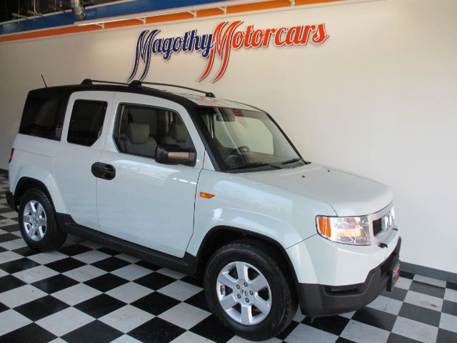 2011 HONDA ELEMENT EX 4WD AT 110k miles Here is a very clean one owner new car trade in that has