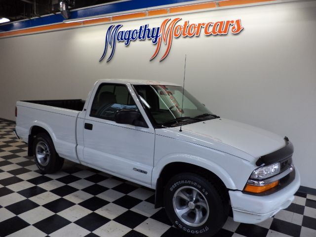 2000 CHEVROLET S10 PICKUP LS LONG BED 2WD 77k miles Here is a very clean low mileage truck that ha