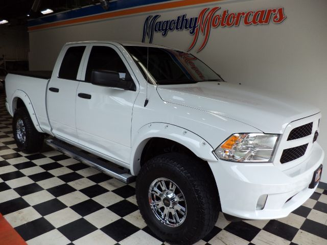 2013 RAM 1500 TRADESMAN QUAD CAB 4WD 7k miles Here is as close to new truck as you can get This wa
