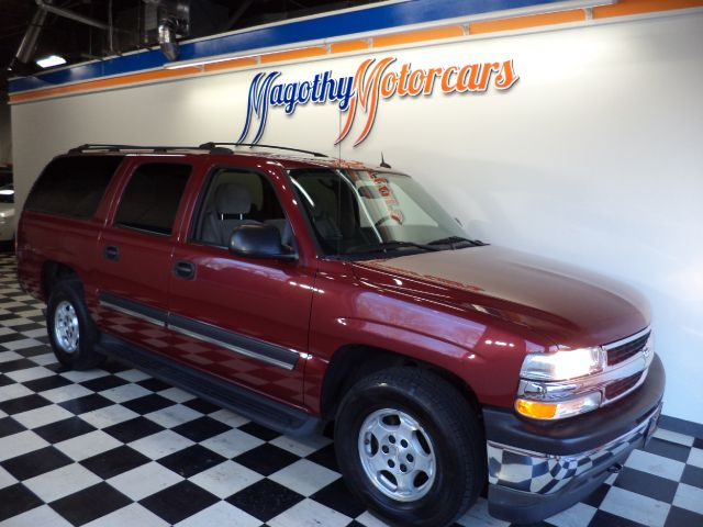 2005 CHEVROLET SUBURBAN 1500 4WD 132k miles Here is a very clean ONE OWNER  new car trade that ha