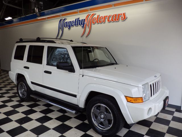 2006 JEEP COMMANDER 4WD 113k miles Here is a clean 4 wheel drive commander that has just arrived