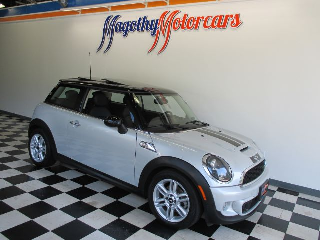 2011 MINI COOPER S 81k miles Here is a very clean local new Mini trade in  This LS Model offers