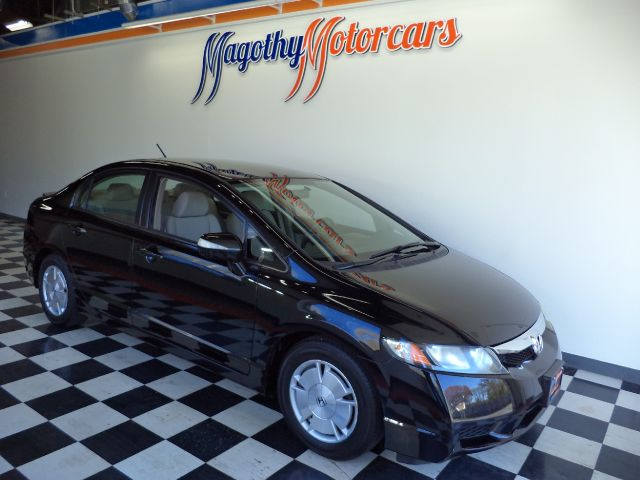 2009 HONDA CIVIC HYBRID CVT AT-PZEV 101k miles Here is a very clean new Mercedes trade in that ha
