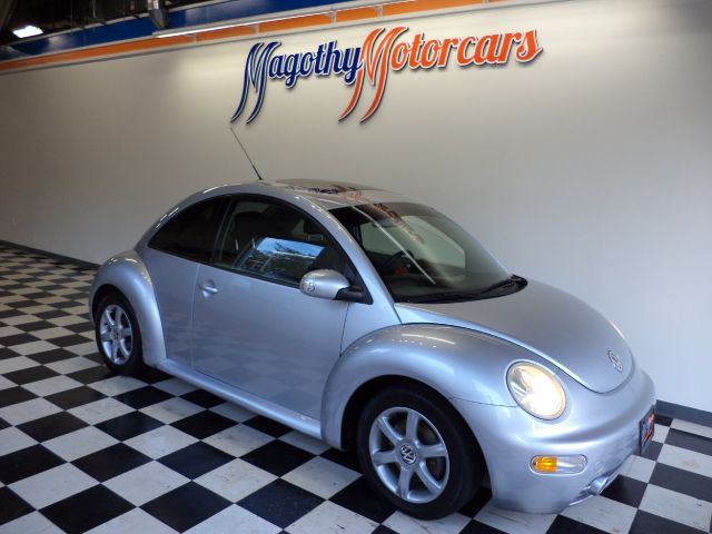 2004 VOLKSWAGEN NEW BEETLE GLS 18L 99k miles Here is a great running 18T Beetle that has just com