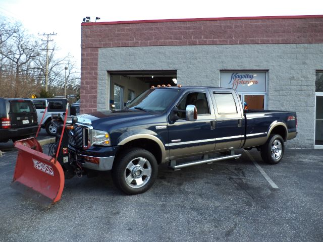 2006 FORD F-350 SD LARIAT CREW CAB LONG BED 4WD 137k miles Here is a very clean local  one owner