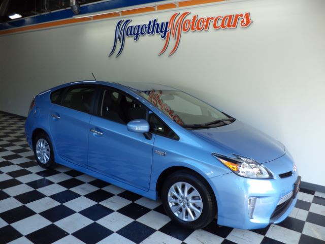 2014 TOYOTA PRIUS PLUG-IN ADVANCED 14k miles Here is a very clean one owner new BMW trade in tha