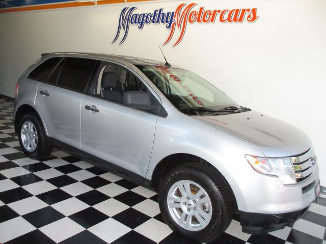 2009 FORD EDGE SE FWD 97k miles Here is a great running local new Ford trade in that has just arr