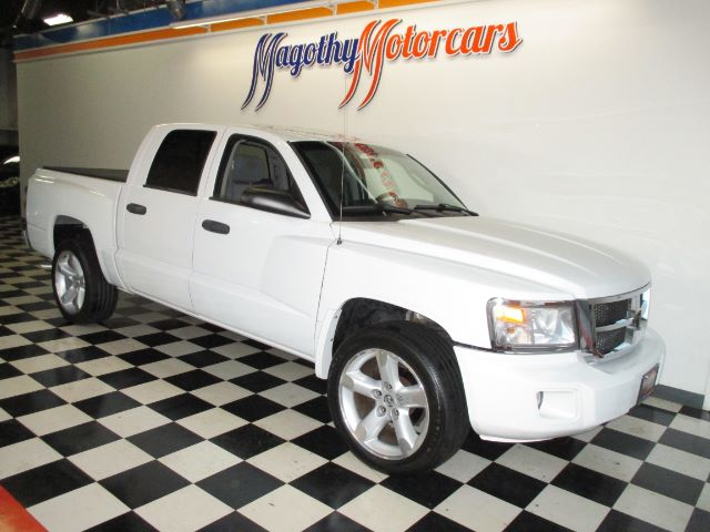 2008 DODGE DAKOTA SLT CREW CAB  2WD 85k miles Here is a running Dakota that has just arrived This