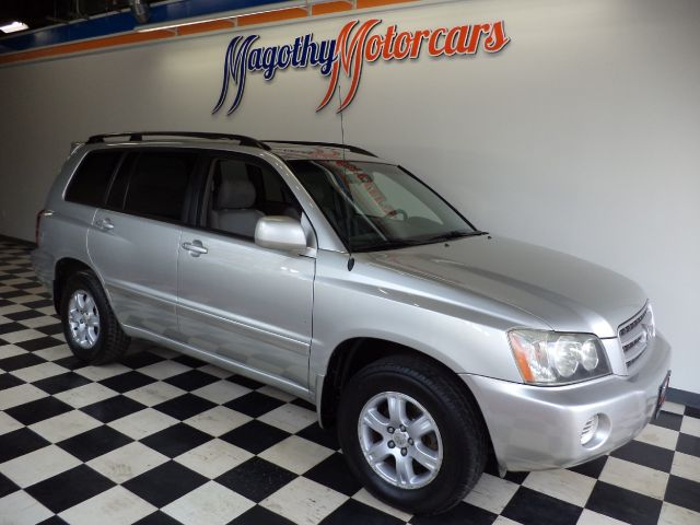 2003 TOYOTA HIGHLANDER V6 2WD 141k miles Here is a very clean One owner that has just arrived Thi