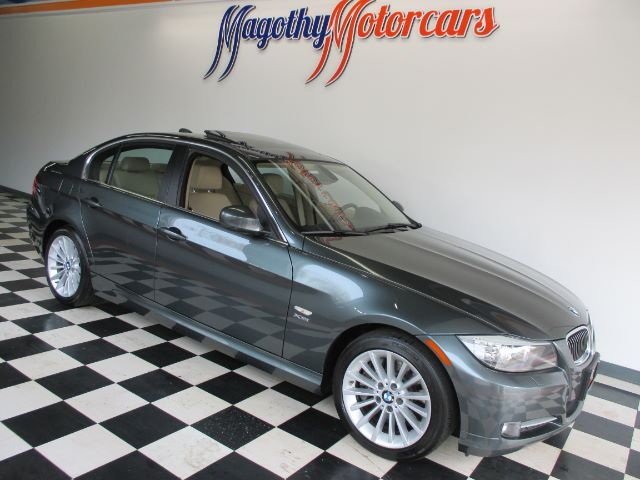 2010 BMW 3-SERIES 335I XDRIVE 71k miles Here is a very clean well serviced local new BMW trade i