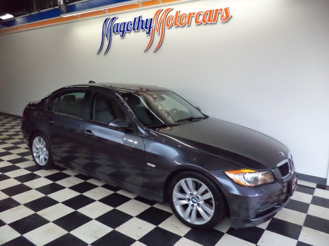 2008 BMW 3-SERIES 328I 86k miles Here is a great running ONE owner  new BMW trade in This car h