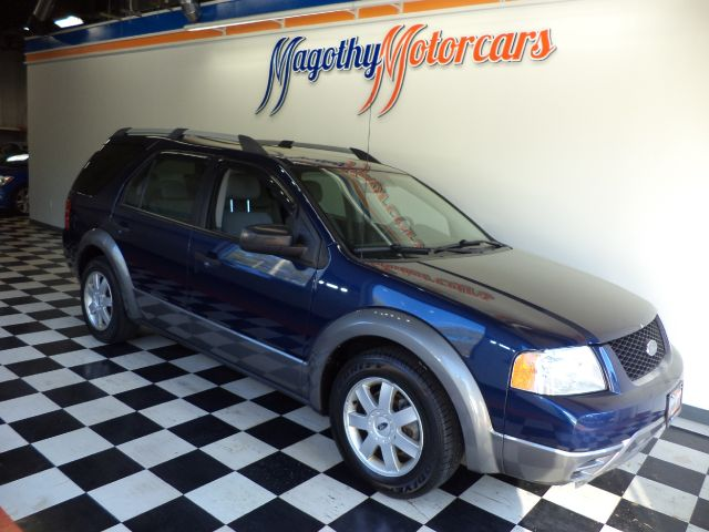 2005 FORD FREESTYLE SE AWD 70k miles Here is a great running local new car trade in that has just