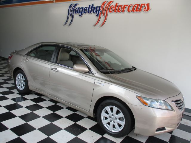 2008 TOYOTA CAMRY HYBRID SEDAN 112k miles Here is a great running one owner new car trade in tha