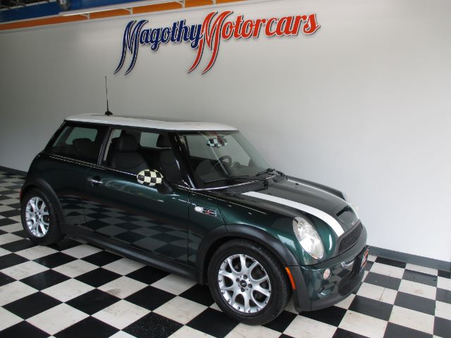 2005 MINI COOPER S 82k miles Here is a great running local one owner new car trade in This Mini