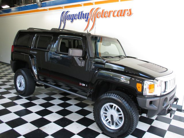 2006 HUMMER H3 SPORT UTILITY 70k miles Here is a very clean great running local new car trade in