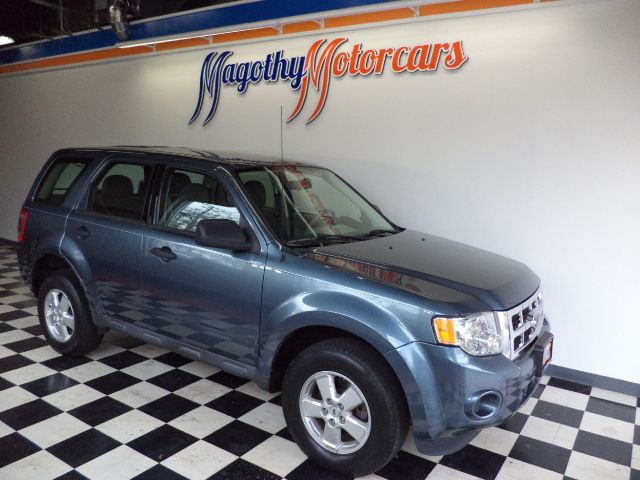 2010 FORD ESCAPE XLS FWD 86k miles Here is a great running Escape that has just arrived This local