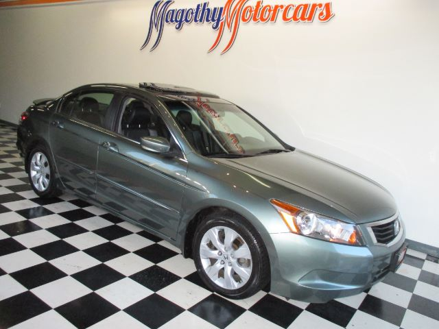 2009 HONDA ACCORD EX-L SEDAN AT 72k miles Here is a great running local new BMW trade in that has