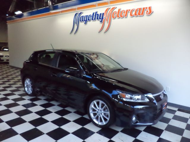 2011 LEXUS CT 200H PREMIUM 86k miles Here is a very clean local new BMW trade that has just arriv