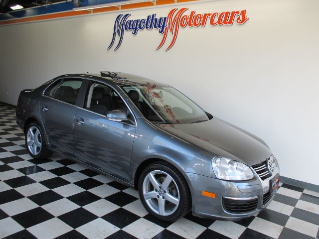 2008 VOLKSWAGEN JETTA SEL PZEV 95k miles Here is a very nice one owner new VW trade in This car