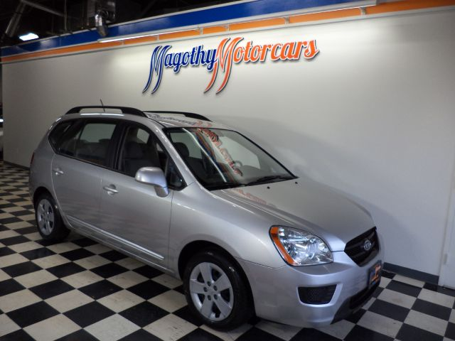 2009 KIA RONDO LX 40k miles Here is a very clean  new car trade in that has just arrived This Kia