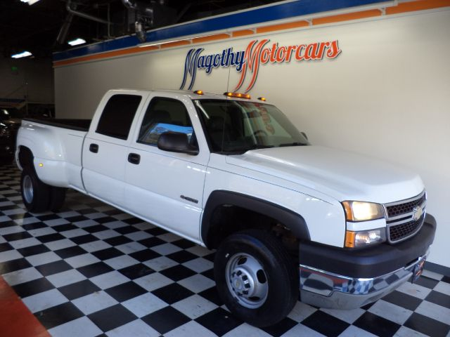 2006 CHEVROLET SILVERADO 3500 LS CREW CAB 4WD DRW 105k miles Here is a great running 2 owner truck