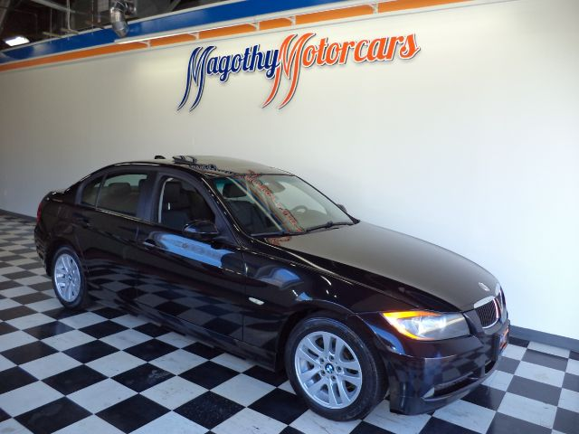 2006 BMW 3-SERIES 325I SEDAN 85k miles Here is a very clean local new car trade in that has just a