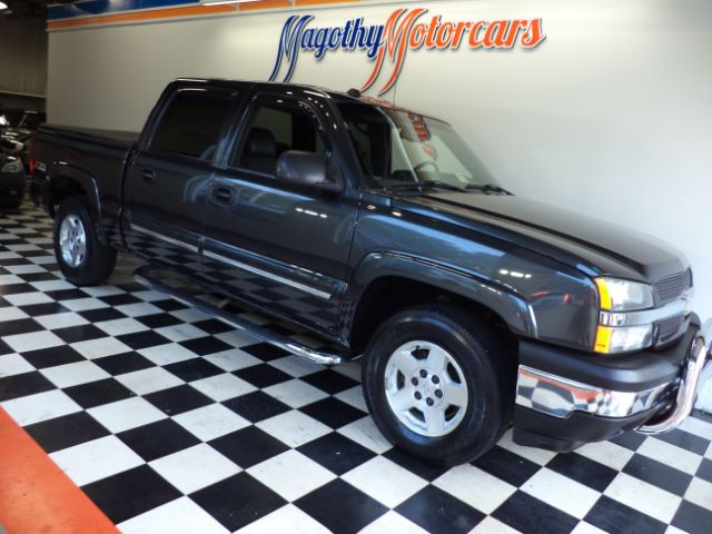 2005 CHEVROLET SILVERADO 1500 Z71 CREW CAB 4WD 181k miles Dont let the miles keep you from seeing