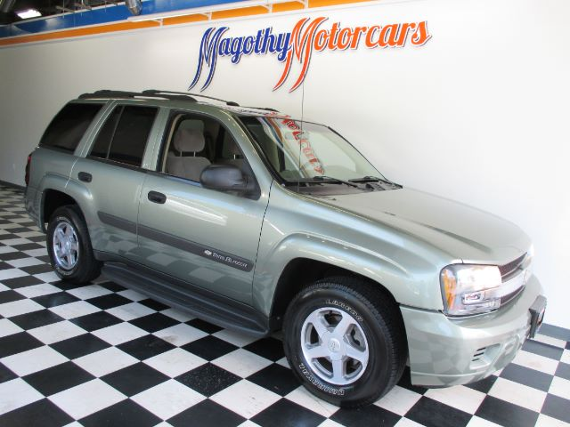 2004 CHEVROLET TRAILBLAZER LS 4WD 97k miles Here is a great running local new car trade in that h
