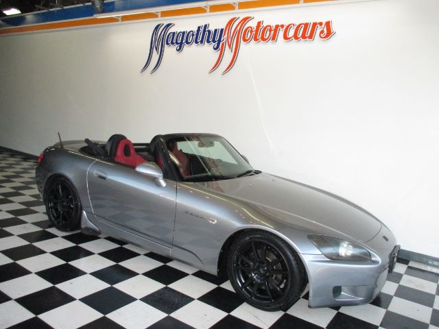 2001 HONDA S2000 BASE 53k miles Here is a great running S2000 that has just been traded in This c